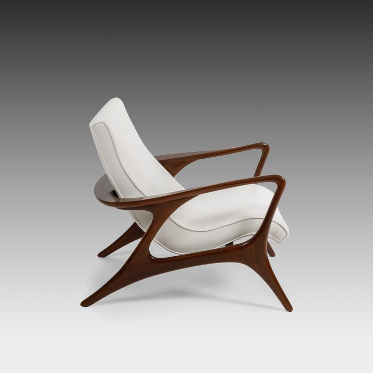 Early 'Contour' Walnut and Leather Lounge Chair by Vladimir Kagan | soyun k.