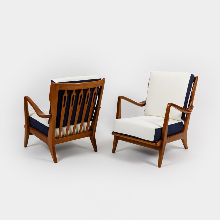 Pair of Walnut Armchairs, Model 516 by Gio Ponti | soyun k.