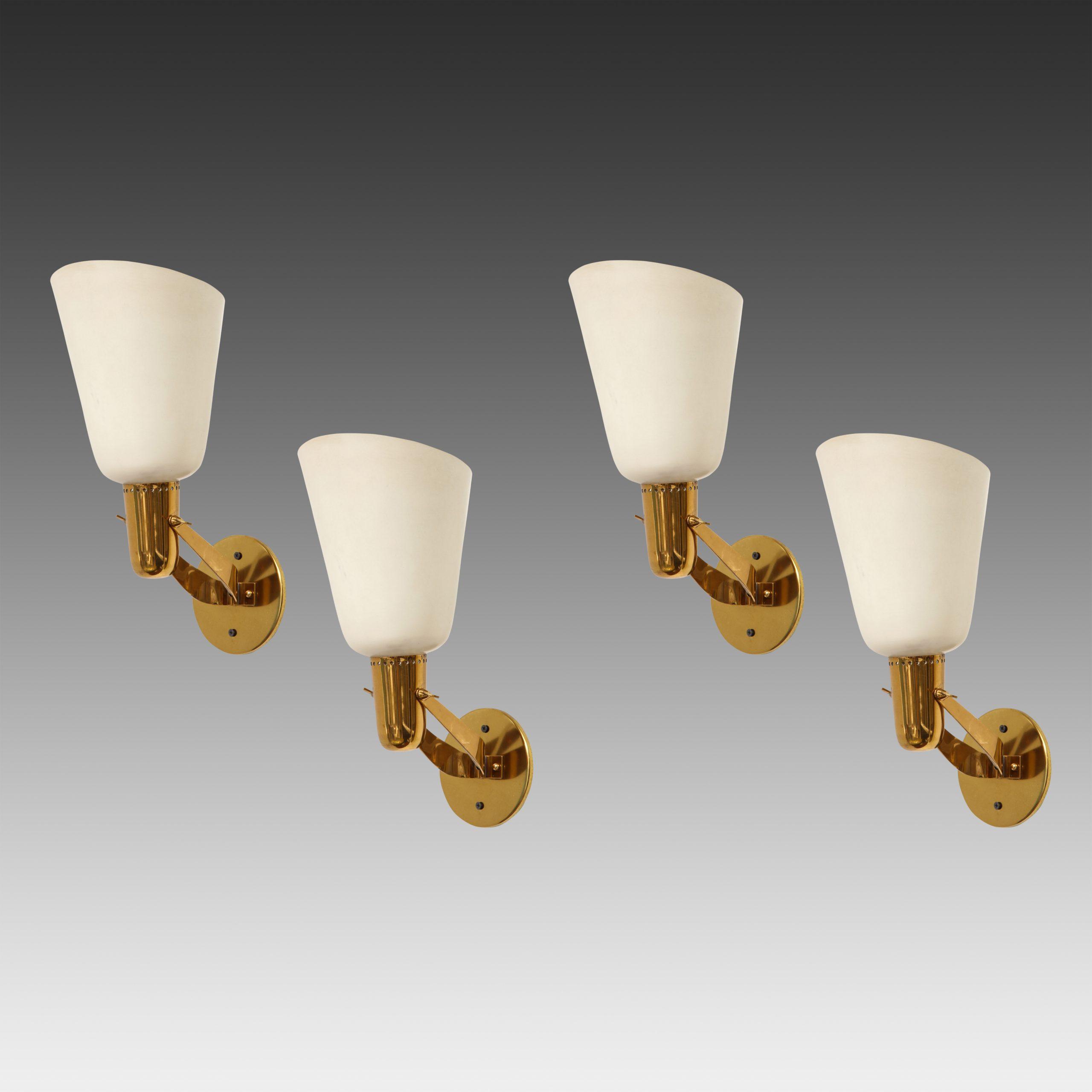 Rare Set of 4 Sconces Model 121 by Gino Sarfatti for Arteluce   soyun k.