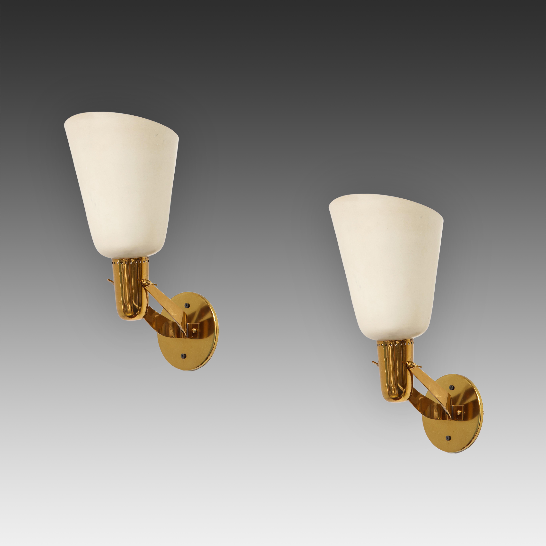 Rare Pair of Sconces Model 121 by Gino Sarfatti for Arteluce | soyun k.